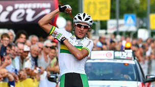 ORICA-GreenEDGE signs Robert Power