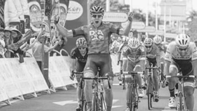 Brenton Jones wins final stage at Hainan